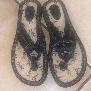 BOC Born Concepts black flip flop sandals